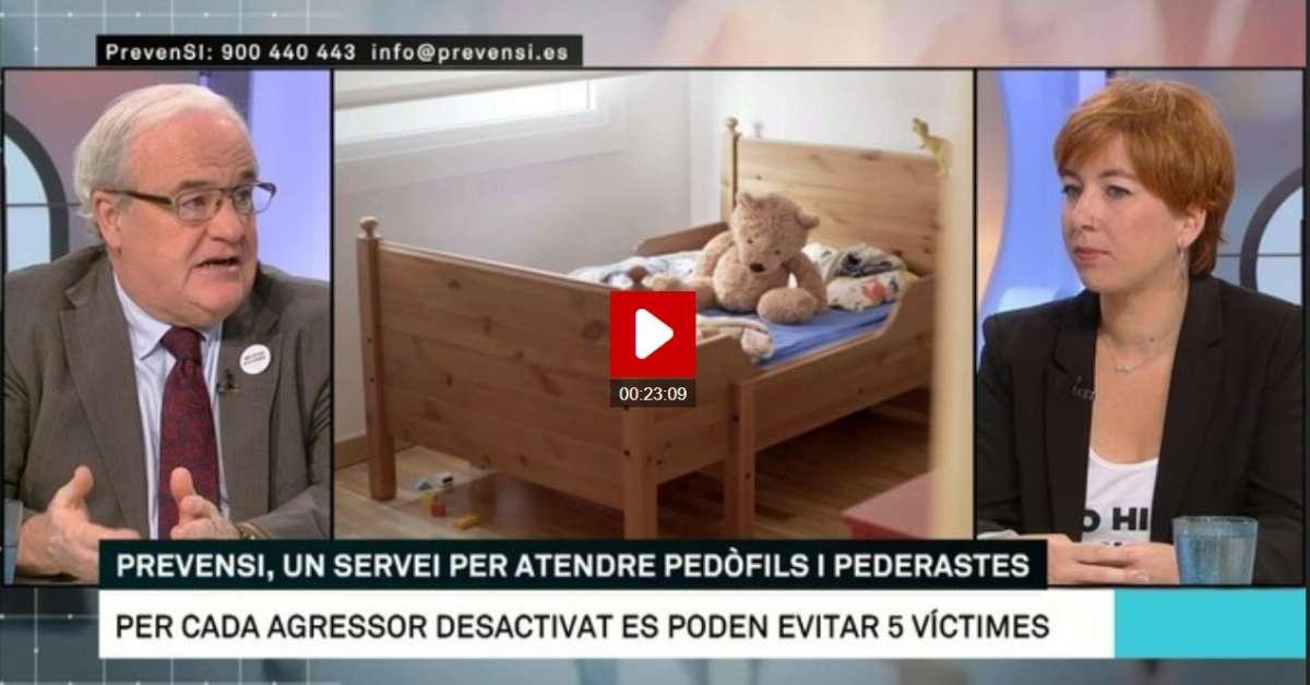 Andrés Pueyo, Núria Iturbe i foto de la campanya: llit més osset de peluix